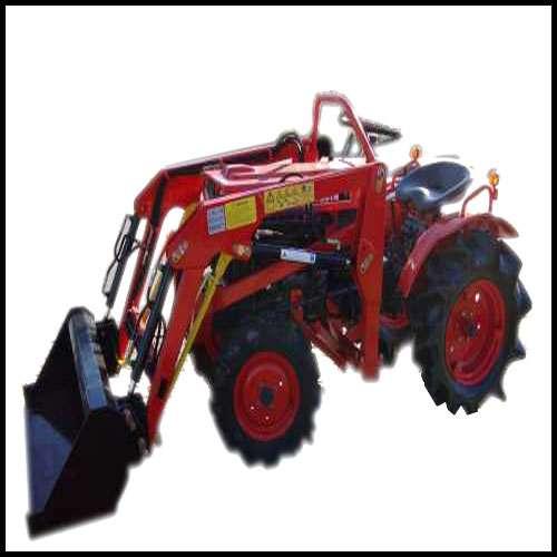 kleintraktor allrad traktor kubota b7000d mit neuem. Black Bedroom Furniture Sets. Home Design Ideas